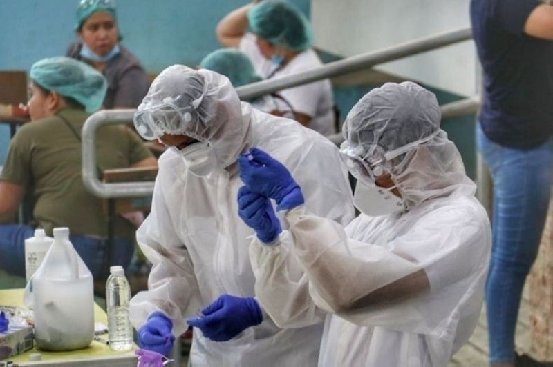 NEGROS. Health workers in the country threaten to resign from their posts due to the alleged inability of the Department of Health to deliver on their benefits amid the Covid-19 pandemic. (File photo)