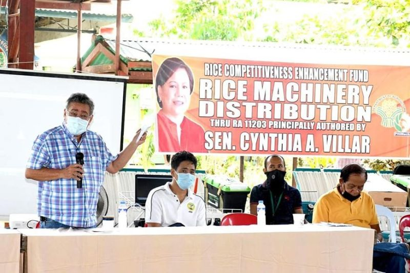 NEGROS. The Department of Agriculture turns over farm implements worth P5 million to Binuligay Farmers Association in Barangay Salong, Kabankalan City Wednesday, August 18, 2021. (Contributed photo)