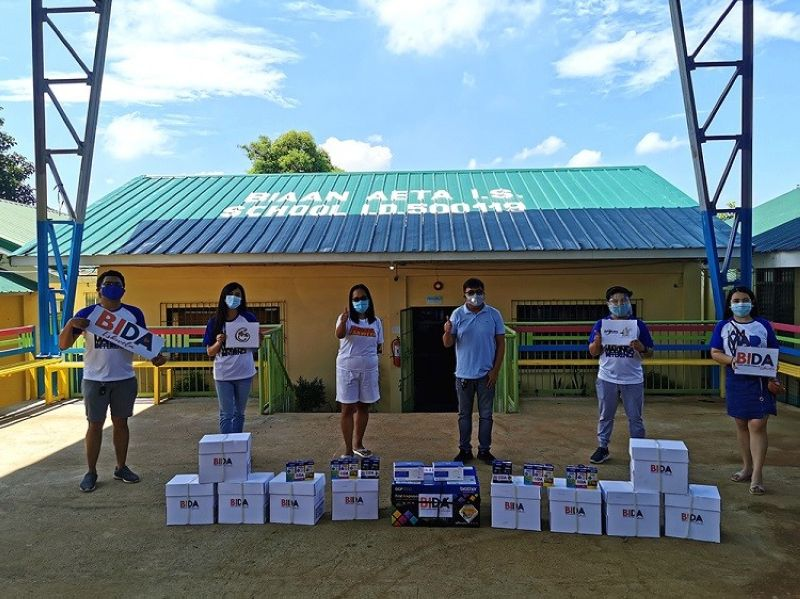 BIDA ESKWELA. During the first Bida Eskwela in 2020, proponents deliver a brand new printer and printing materials for the Aeta community at Biaan Aeta Intergrated School in Mariveles, Bataan. (Contributed photo)