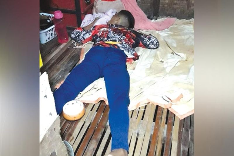 GIPATAY: Si John Leonard Repullido Membrillos, 24, taga Barangay Pasil, Dakbayan sa Sugbo gipusil sulod sa iyang balay sa Barangay Tapon, lungsod sa Dalaguete sa Biyernes sa gabii. (TAMPO SA DALAGUETE POLICE)