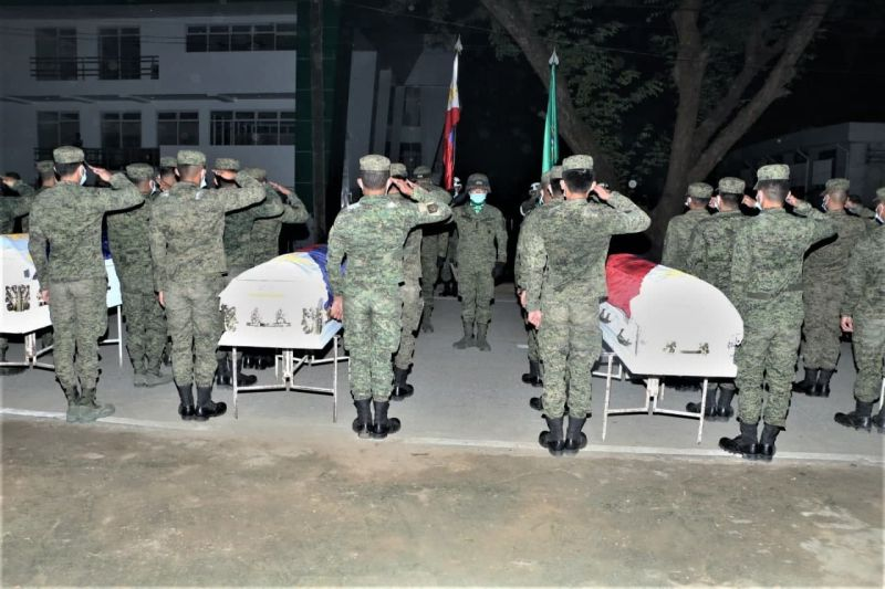FALLEN SOLDIERS. Four soldiers who perished in the C-130 crash in Patikul, Sulu arrived at the former Cagayan de Oro airport in Barangay Lumbia, Cagayan de Oro City on Friday afternoon, August 20. (Contributed photo)