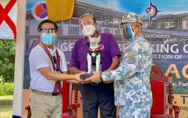K9 TRAINING ACADEMY. Philippine Ports Authority General Manager Jay Santiago (left), Department of Transportation Secretary Arthur Tugade (center), and Philippine Coast Guard Commandant Admiral George Ursabia Jr. during the groundbreaking of the first-ever K9 training academy in Southeast Asia on Wednesday, August 25, 2021, at Clark Freeport. (Contributed photo)