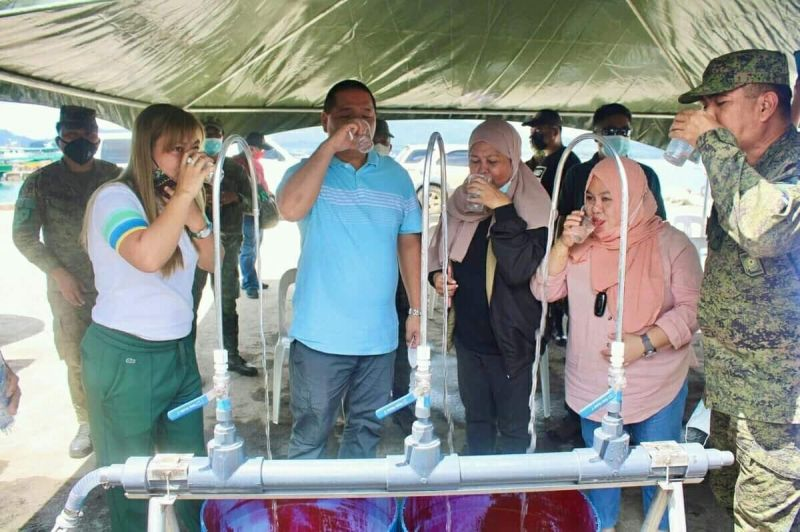 DESALINATION MACHINES. The Ministry of the Interior and Local Government in the Bangsamoro Autonomous Region in Muslim Mindanao (MILF-Barmm) releases three desalination machines on August 28, 2021 to the Provincial Government of Sulu. A photo handout shows Sulu and military officials taste the water processed by the desalination machine. (SunStar Zamboanga)