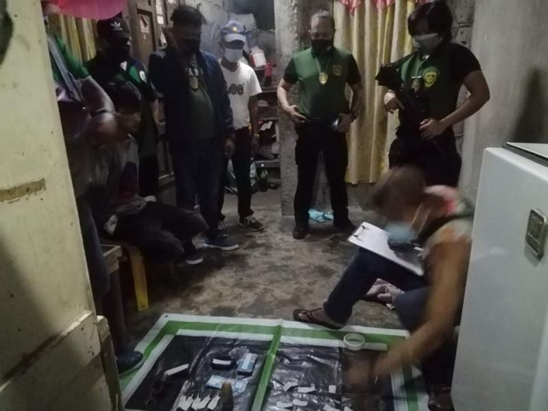 PDEA-Central Luzon agents conduct an inventory of seized suspected illegal drugs during a buy-bust in the City of San Jose Del Monte in Bulacan on September 2, 2021. (Photo courtesy of PDEA Central Luzon)