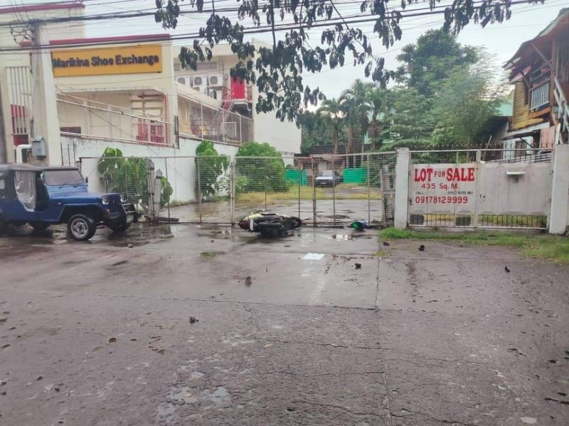 BACOLOD. The area on Rosario Street, Barangay 38 in Bacolod City where Staff Sergeant Joseph Nepomuceno, an anti-drug operative, was shot to death by two unidentified motorcycle-riding assailants on August 31, 2021. (File photo)