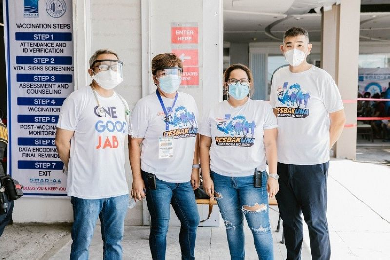 SMADAA VACCINATION PROGRAM EXECUTIVE COMMITTEE. (From left) Dr. Jetty Jet Lu, Ana Leigh Caguiat, Mae Ann Cortez, and James Despabiladeras.(Photo by Josef Renan De los Reyes of Zingcreative)