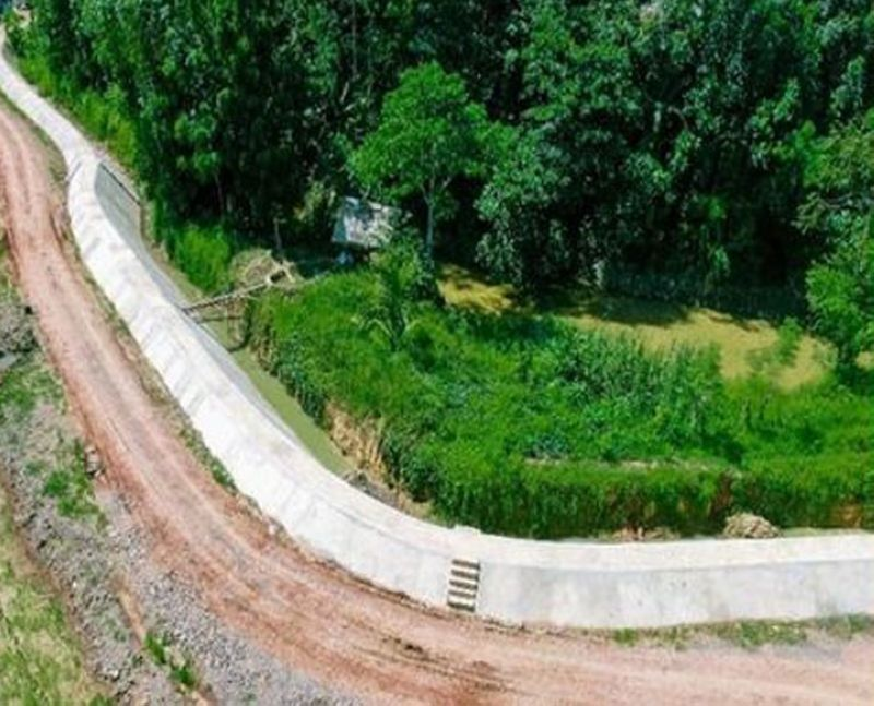 FLOOD CONTROL. The Department of Public Works and Highways (DPWH) completes the implementation of P53.8-million flood control projects in San Jose and Santa Barbara villages, Imelda, Zamboanga Sibugay province. A photo handout shows an aerial view of one of the two flood control projects. (SunStar Zamboanga)