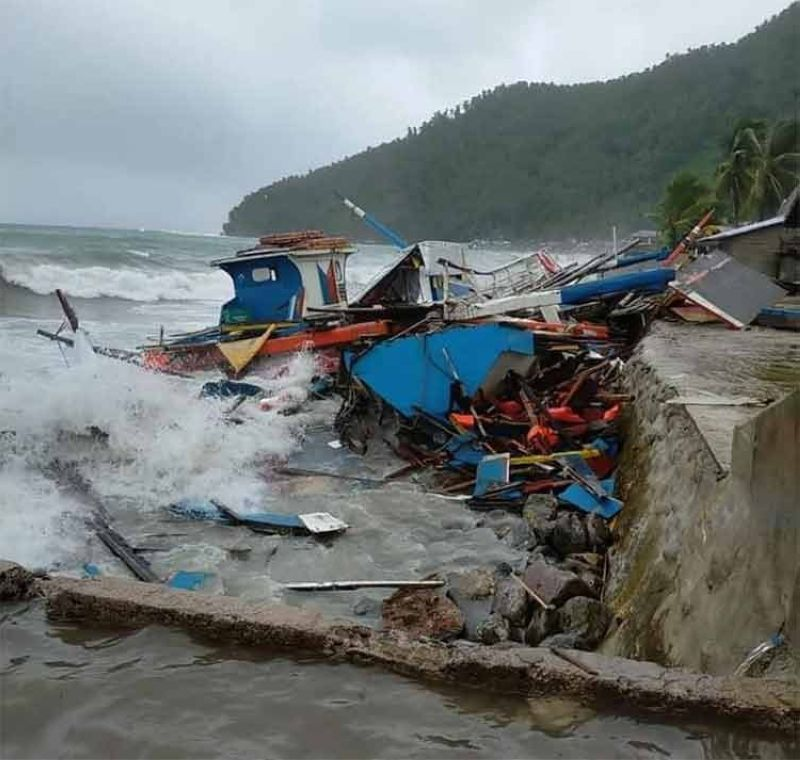 SAMAR. Pump boats crushed by big waves in Sto. Niño, Samar. Typhoon Jolina made landfall in Sto. Nino, Samar at 3:40 a.m. Tuesday, September 7, 2021. (Photo courtesy of Jade Silagan Nuñez)