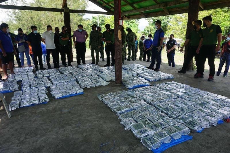 ZAMBALES. Authorities seize an estimated 500 kilograms of shabu, or methamphetamine hydrochoride, in an illegal drugs operation in Zambales on September 7, 2021. (Contributed/PNP)