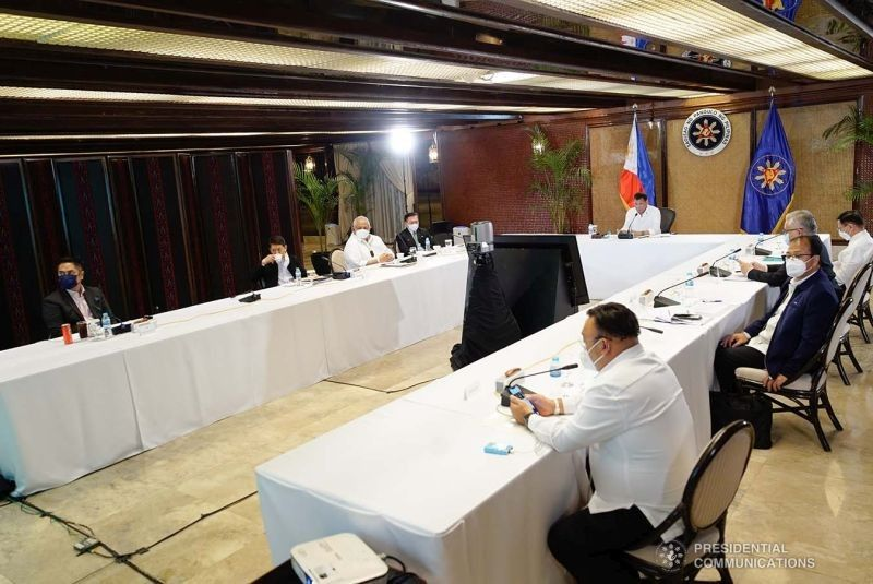 MANILA. President Rodrigo Duterte presides over a meeting with the Inter-Agency Task Force for the Management of Emerging Infectious Diseases (IATF) core members prior to his talk to the people at the Malacañang on September 7, 2021. (Presidential Photo)
