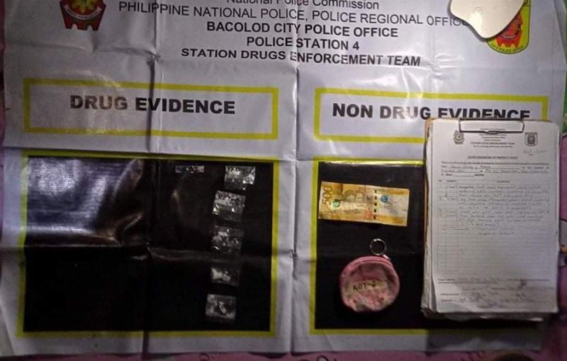 BACOLOD. An estimated P50,000 worth of suspected shabu was seized in a drug bust in Barangay Villamonte, Bacolod City Wednesday, September 15. (Contributed photo)