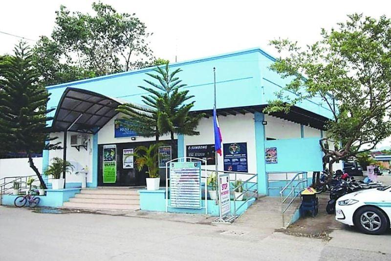 GIAYO: Maanindot nang tan-awon kining usa sa tulo ka police stations nga giayo sa Department of Public Works and Highways (DPWH) ubos sa paningkamot ni Kongresista Paz Radaza. / TAMPO
