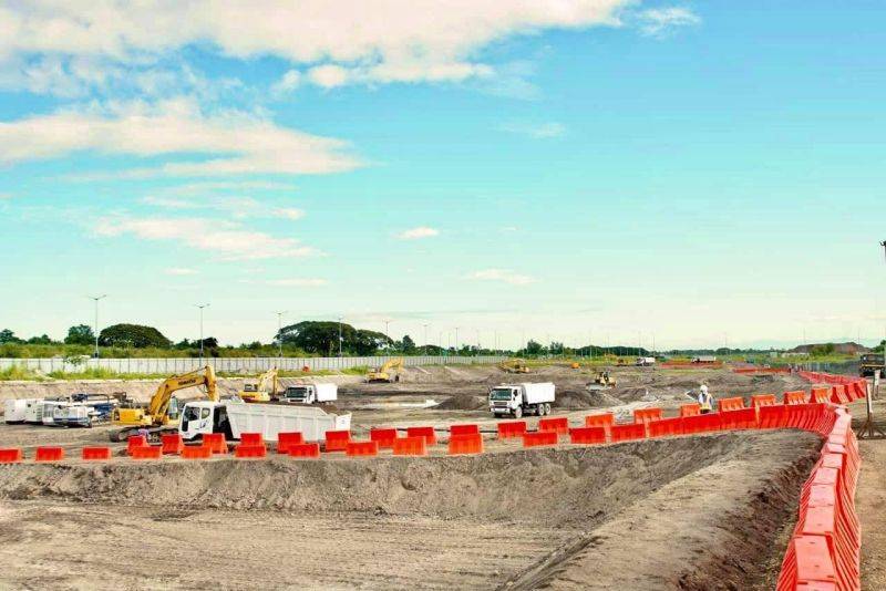 PNR CLARK PHASE 2. Construction site of the PNR Clark Phase 2 extension project (DOTr)