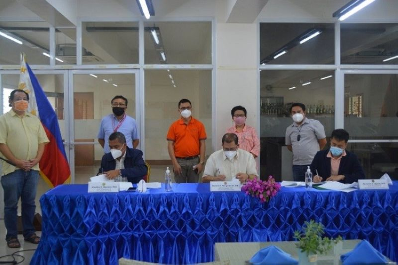 NEGROS. Three state universities and colleges in Negros Occidental forge an agreement to boost partnership and collaboration at the Carlos Hilado Memorial State College-Talisay Campus on Wednesday, September 23. (Contributed photo)