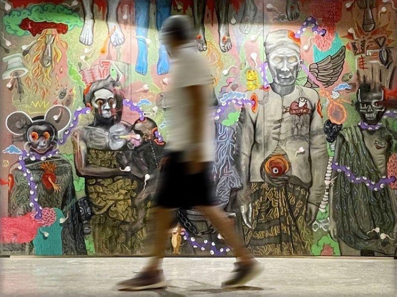 DAVAO. Striking mural. Que Horor. Victor Augustus Dumaguing, Tadz Hassan Tadeo, Alynnah Macla, Juan Atienza & Trexia Sola. Acrylic on canvas. 96 x 144. 2021. P450,000. (Contributed photo)