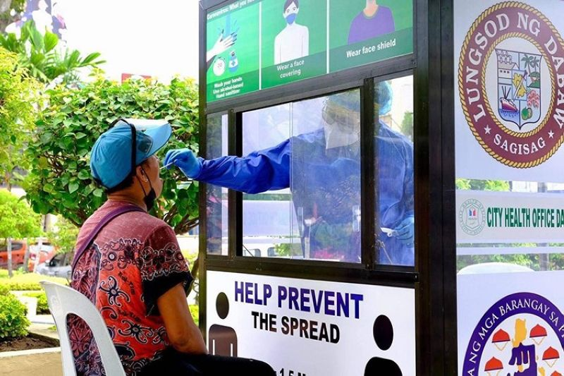 City brings back free swab test for F2, F3 Covid-19 contacts (File photo)