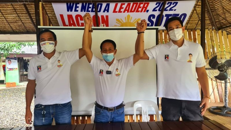 """TEAM KEKO. San Simon Acting Vice Mayor and aspiring mayoralty candidate Honorato """"Keko"""" Almario, running mate Councilor and vice mayorable Mark Macapagal and returning Councilor Russel Figueroa are the official candidates of Partido Reporma in San Simon, Pampanga. (Chris Navarro)"""