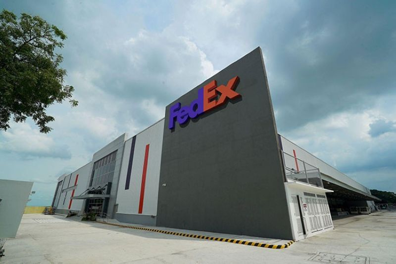 PAMPANGA. The new FedEx gateway facility in Clark features enhanced sorting and storage capabilities, supported by state-of-the-art technology. (Contributed photo)