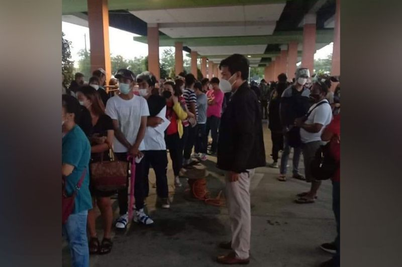 BACOLOD. Voter registration resumes at SM City Bacolod on Monday, October 11, 2021. (TF Disiplina photo)