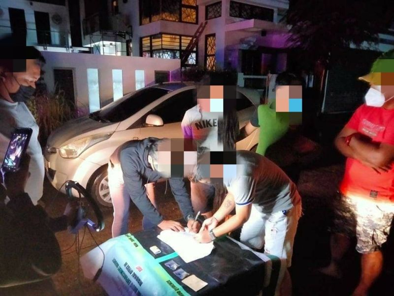 HVT FALLS. Authorities conduct an inventory of seized evidence and illegal drugs confiscated from a high-value target during an entrapment operation on October 12 in the City of San Fernando. (PDEA Central Luzon)