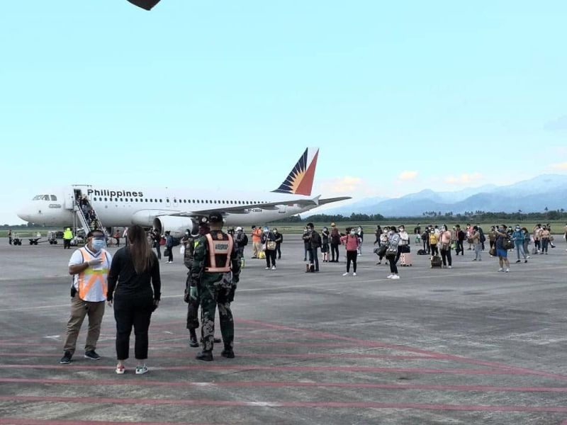 NEGROS. Negros Occidental Governor Eugenio Lacson approves the special flights requested by the Philippine Airlines from October 18 to November 29, 2021. (File/Contributed photo)