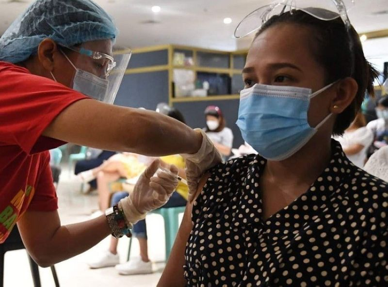 BACOLOD.  The Bacolod City government implements its house-to-house vaccination campaign starting Wednesday, October 20. (Contributed file photo)