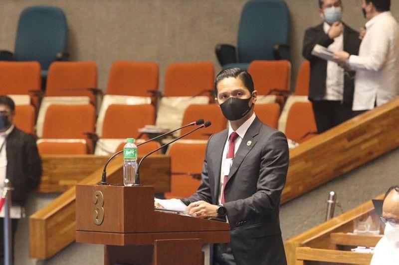 """Cebu Fifth District Congressman Vincent Franco """"Duke"""" Frasco (Gikan sa Facebook ni Congressman Duke Frasco)"""