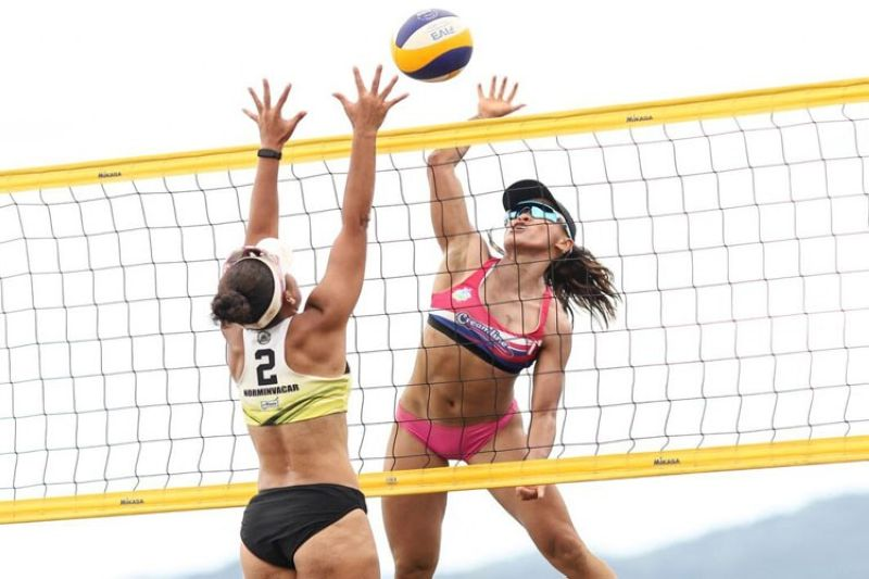 Creamline 1's Sisi Rondina tries to score off Good Health-CDO's Babylove Barbon during their BVR on Tour women's championship match Monday in Santa Ana, Cagayan. (BVR)
